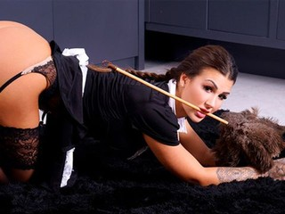 Seductive maid Susy Gala likes his long wiener so much