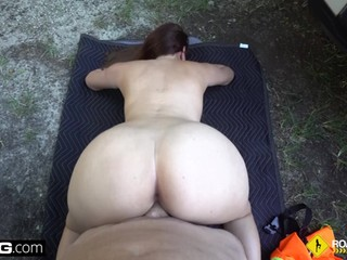Roadside - cheating girlfriend sucks off mechanic outdoors