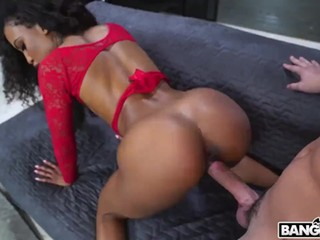 Ebony Beauty Demi Squirts For First Time