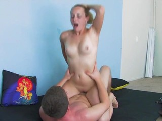amateur couple and massive creampie for woman (HD)