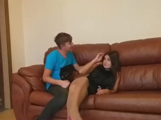 Mature mom came to her boyfriend, & met her stepson (full Russian version)