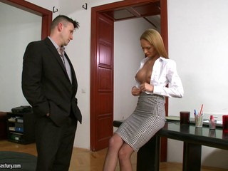 Luscious amateur gets double penetrated in this wild office threesome