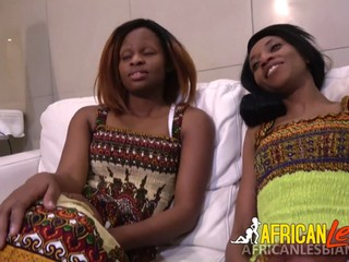 Hot African girls fuck double headed dildo