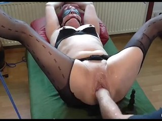 Fisting my tied squirting slave Laura
