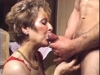 Cumming on granny mouth