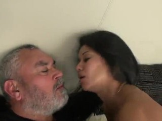 Horny girl  need morning sex with Daddy.