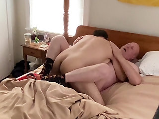 married construction daddy gets fucked!!!